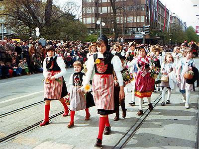 Kinderumzug Zürcher Sechseläuten 1978